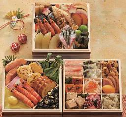 和風おせち料理としての縁起料理を中心に、高級食材も入れ贅沢な内容で仕上げております。博多 日本料理 てら岡「天豊」冷凍約2~3人前500WAON POINTプレゼント本体10,000円(税込10,800円)