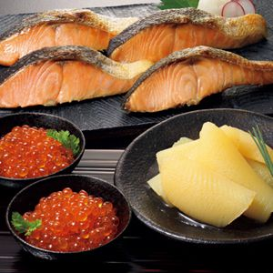 北海道 東和食品 ふっくら熟成秋鮭と魚卵の詰合せ 【冬ギフト・お歳暮】
